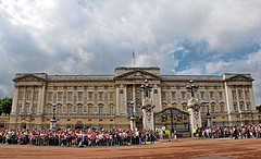 Buckingham Palace - by ajagendorf25